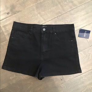 Forever 21 Black Denim Shorts NWT Size 27
